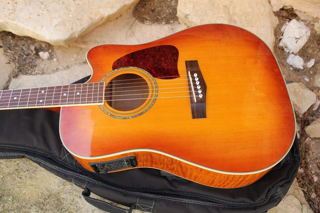 chitarra Ibanez usata
