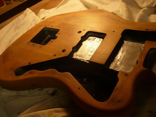 Fender Jaguar varnishing