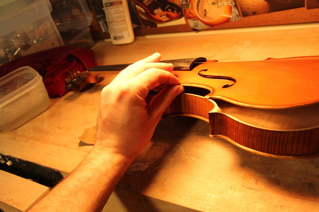 antique violin opening