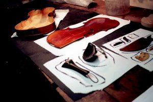 Violino rotto