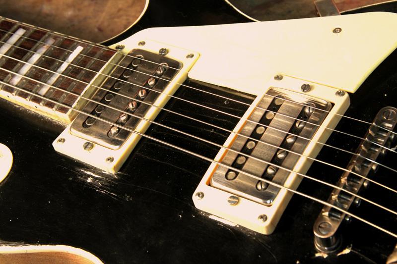 Musical Instrument Shop guitar