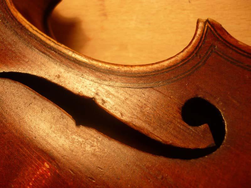 Maggini copy old violin restoration