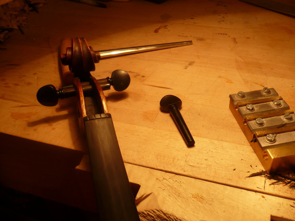 New pegs for violin, luthier services