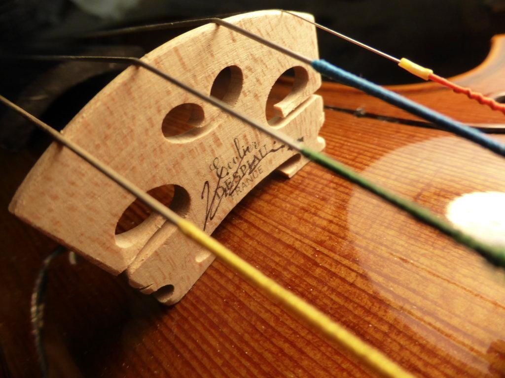 Despiau bridge for violin